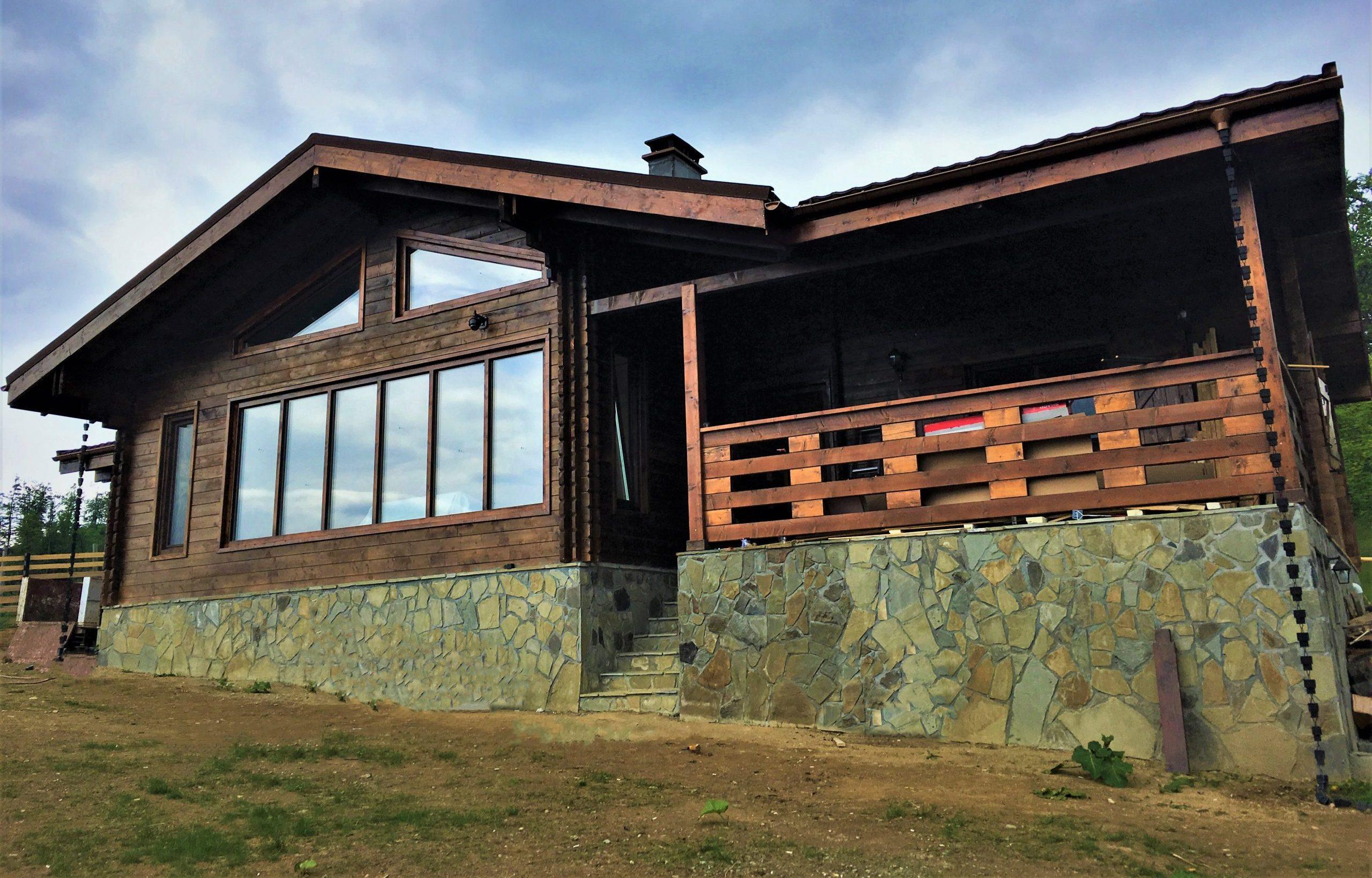 Casa la munte din lemn